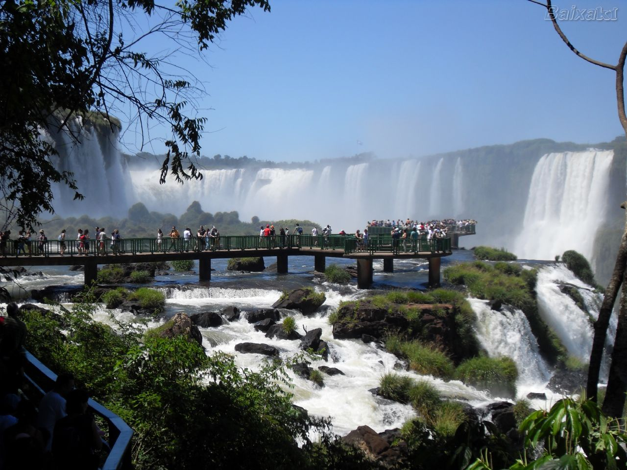 Acontece em Foz do Iguaçu – PR o Congresso Internacional do Mercado Imobiliário (CIMI 2013) e o V Encontro Brasileiro de Corretores deImóveis(ENBRACI). Os eventos serão realizados entre os dias […]